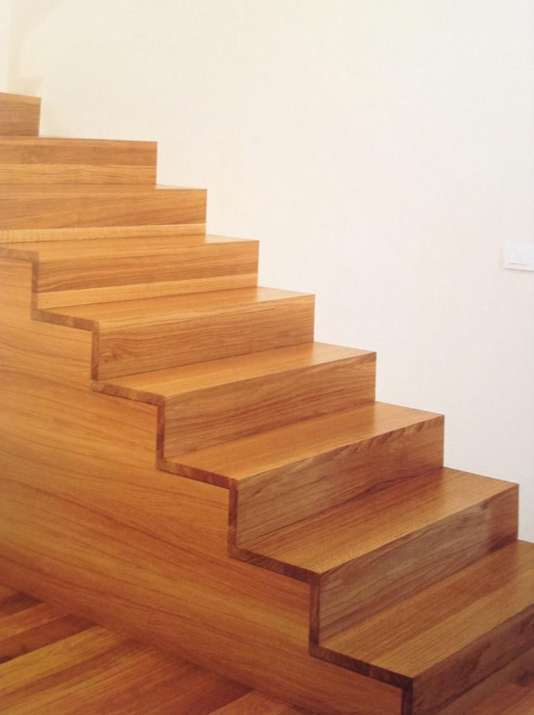 Scale idea pavimenti - Scale rivestite in legno per interni ...